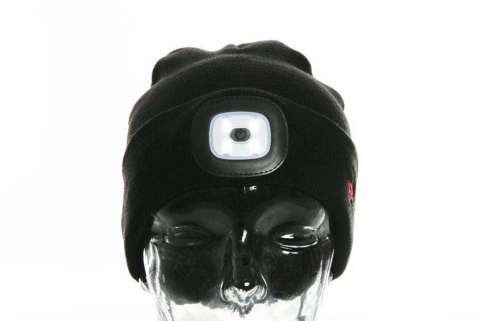 Schwarze LED-Mütze von corpuls